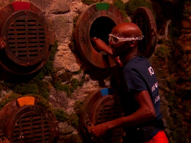 Watch: Mo Farah takes on Fort Locks in I'm A Celebrity