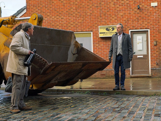 Roy and Ray on Coronation Street on December 7, 2020