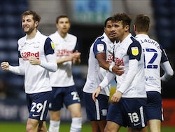 Preston North End's Tom Barkhuizen celebrates scoring their first goal with teammates against Sheffield Wednesday on November 21, 2020