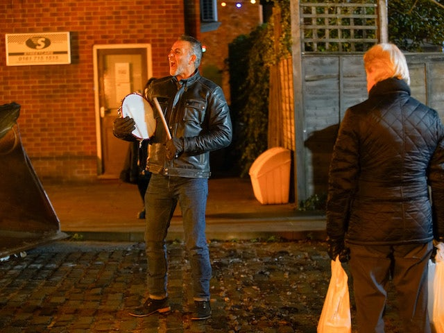 Dev makes some noise on Coronation Street on December 9, 2020