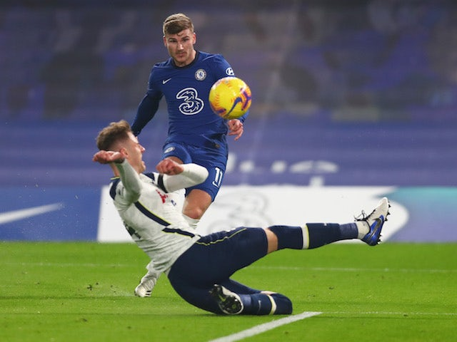 Chelsea's Timo Werner shoots against Tottenham Hotspur on November 29, 2020