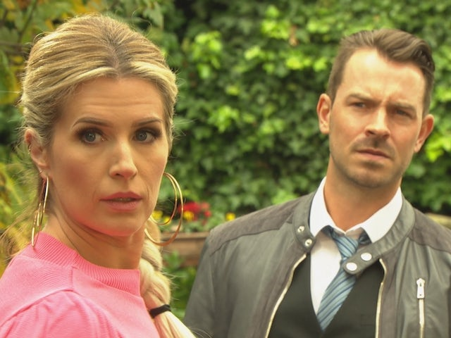 Mandy and Darren on Hollyoaks on December 10, 2020