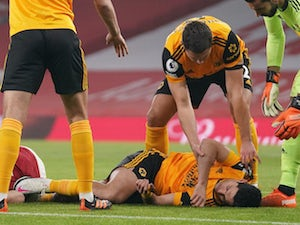 Jimenez taken to hospital after clash of heads with Luiz