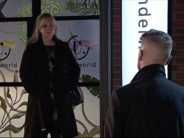 Sarah on Coronation Street on December 18, 2020