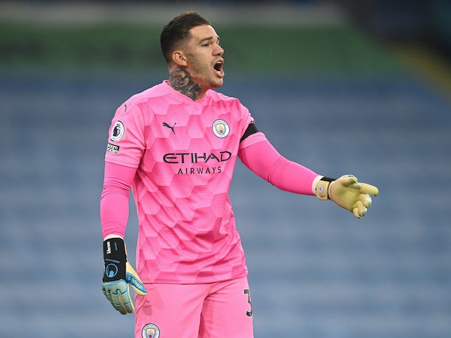 Ederson in action for Man City on November 28, 2020