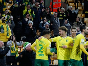 Norwich strike twice late on to see off Sheffield Wednesday