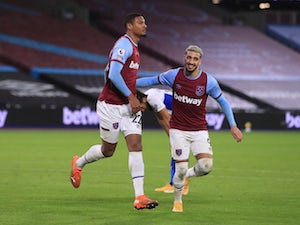 Haller cancels out Benteke opener as West Ham draw with Palace