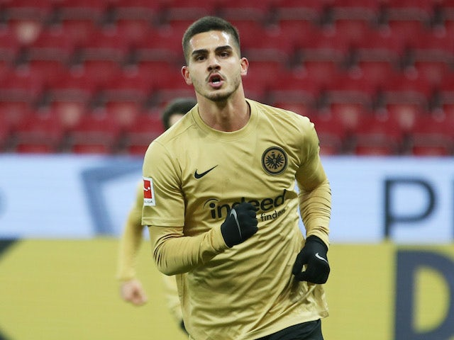 Eintracht Frankfurt's Andre Silva celebrates scoring their second goal against Mainz on January 9, 2021