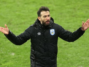Reading 2-2 Huddersfield: Terriers rescue last-gasp point
