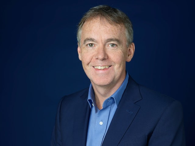 Jeremy Darroch steps down as Sky chief executive after 13 years