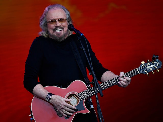 Barry Gibb in line for first UK solo number one album