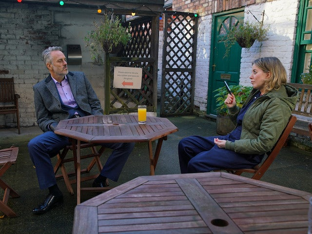 Ray and Abi on Coronation Street on January 22, 2021