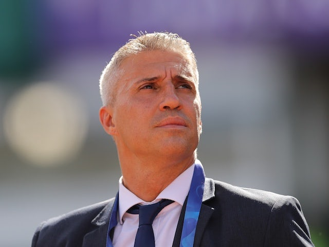 Defensa y Justicia coach Hernan Crespo before the match on January 23, 2021