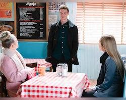 Picture Spoilers: Next week on EastEnders (January 25-29)