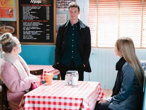 Picture Spoilers: Next week on EastEnders (January 25-29)