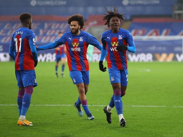 Crystal Palace's Eberechi Eze celebrates scoring their first goal with teammates on January 30, 2021