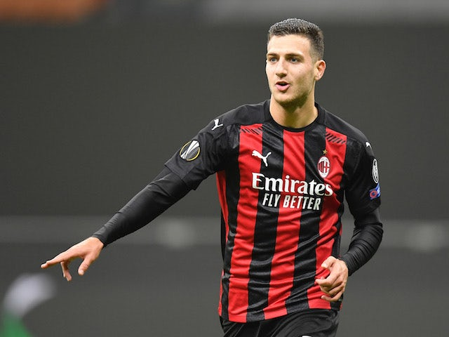 AC Milan 'want to sign Dalot on a permanent deal'