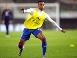 Nathaniel Clyne warms up for Crystal Palace in October 2020