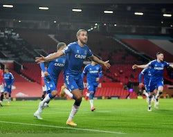 Arsenal vs. Everton injury, suspension list, predicted XIs