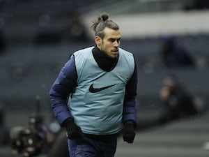 Gareth Bale warms up for Spurs on February 7, 2021