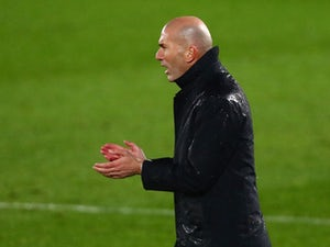 Zidane 'informs Real Madrid players of decision to leave'