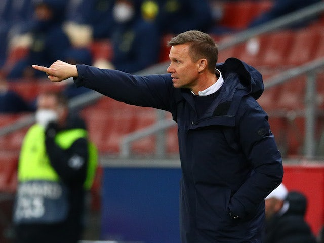 Red Bull Salzburg coach Jesse Marsch reacts in the Europa League on February 18, 2021