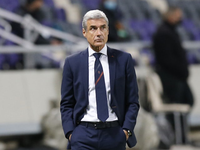 Shakhtar Donetsk coach Luis Castro in the Europa League on February 18, 2021