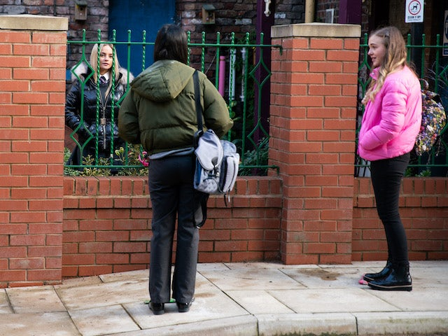 Kelly, Asha and Summer on Coronation Street on March 12, 2021