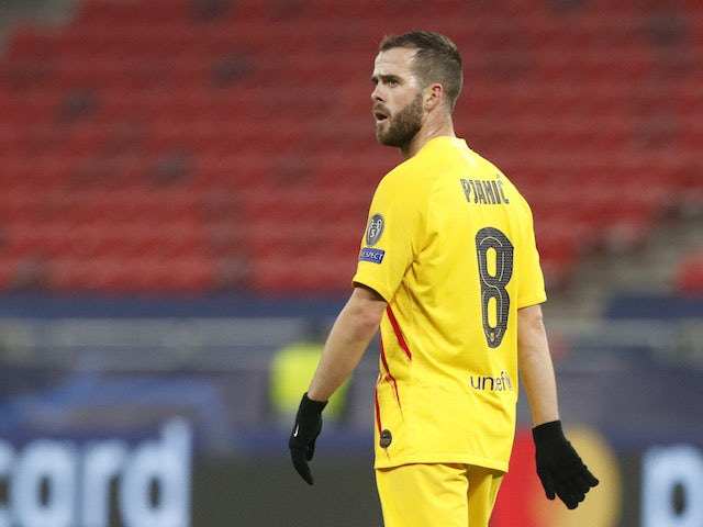 Pjanic determined to fight for Barcelona spot
