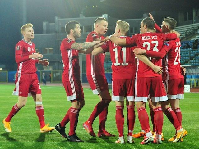 Roland Sallay praznuje drugi gol z Madžarsko 28. marca 2021