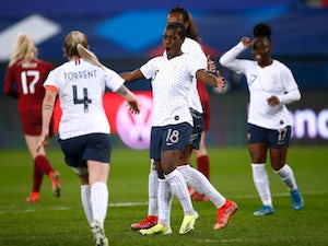 France 3-1 England: Lionesses rue missed chances in friendly defeat