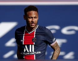 Messi 'pestering Neymar to make Barca return'