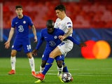 Chelsea's N'Golo Kante in action with FC Porto's Mateus Uribe in the Champions League on April 13, 2021