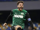 Manuel Locatelli celebrates scoring for Sassuolo on November 1, 2020