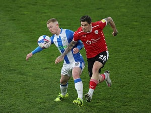 Huddersfield 0-1 Barnsley: Tykes close in on playoff spot