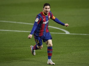 Messi camp 'make contact with Man Utd, Chelsea'