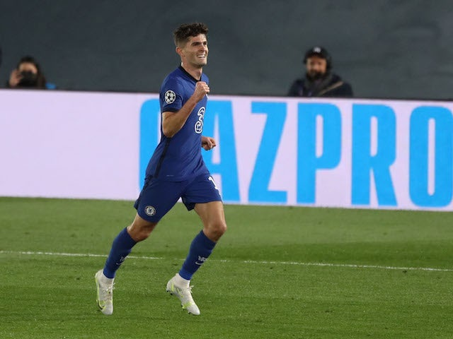 Chelsea's Christian Pulisic celebrates scoring their first goal on April 27, 2021