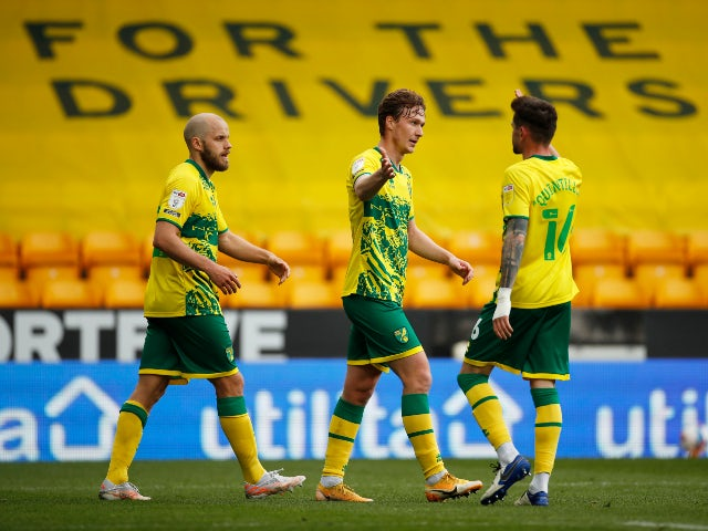 Norwich City's Kieran Dowell scores their first goal against Reading in the Championship on May 1, 2021
