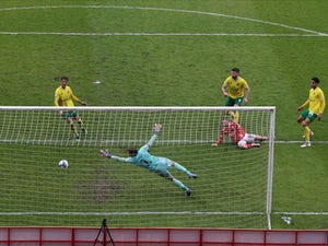 Barnsley 2-2 Norwich: Canaries lift trophy but miss out on record