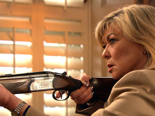 Kim and her gun on the first episode of Emmerdale on May 27, 2021