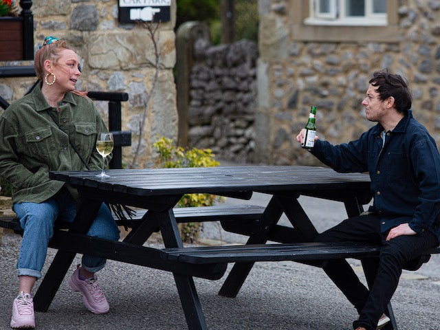 Amy and Matty on Emmerdale on May 19, 2021