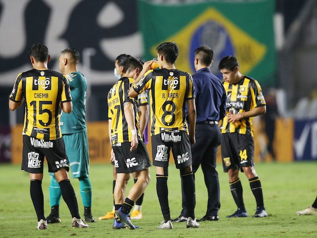 The Strongest's Ramiro Vaca with teammates after the match on May 4, 2021