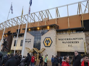 Wolves contemplate Carlos Vinicius transfer
