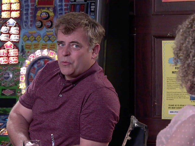 Coronation Street legend Simon Gregson 'signs up for I'm A Celebrity'