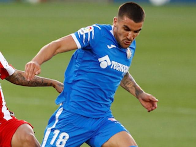 Man United 'eyeing summer move for Mauro Arambarri'