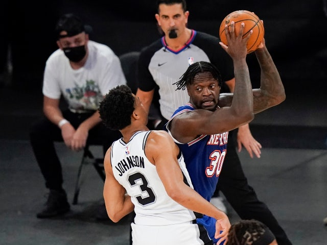 NBA roundup: Alec Burks stars as Knicks beat Spurs