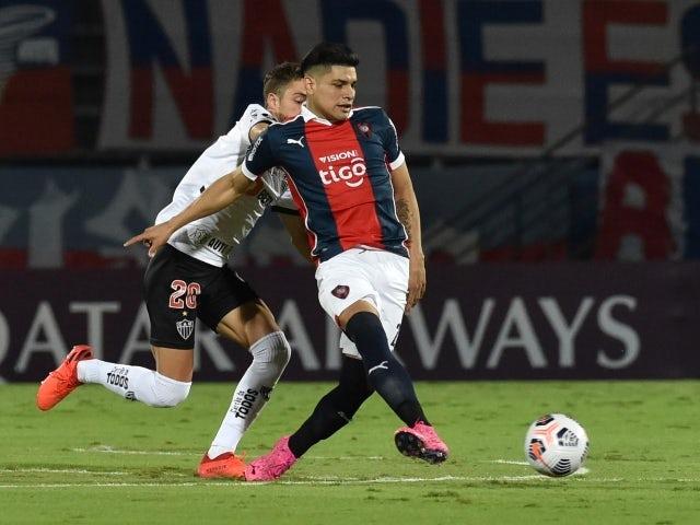 Cerro Porteno's Claudio Aquino in action on May 20, 2021