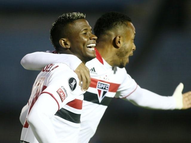 Sao Paulo's Luis Orejuela celebrates scoring their first goal with teammates on May 12, 2021