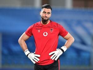 Southampton 'keeping tabs on Thomas Strakosha'