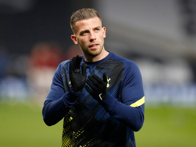 Alderweireld 'waiting for new manager before deciding Spurs future'